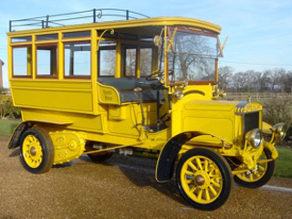 1909 CommerCar 22HP Estate Bus